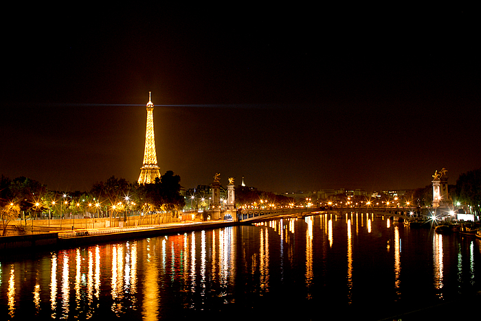 paris-2011-paris-by-night-700x700